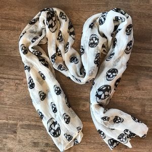 Accessories - 🍭3/$23 Skull Scarf💀